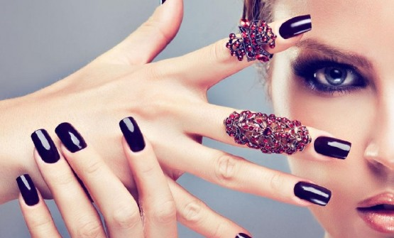 Things To Know About Beautiful & Strong Acrylic Nails