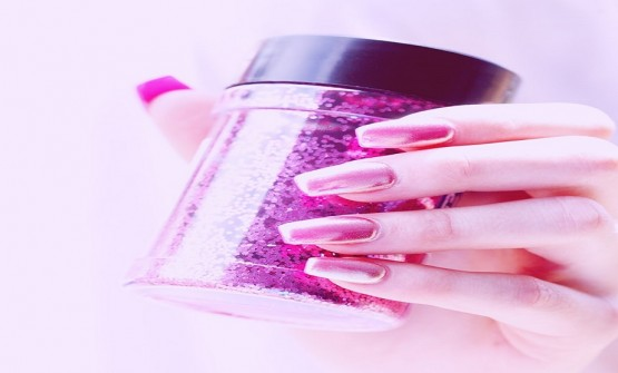 How to Remove Dip Powder Nails at Home